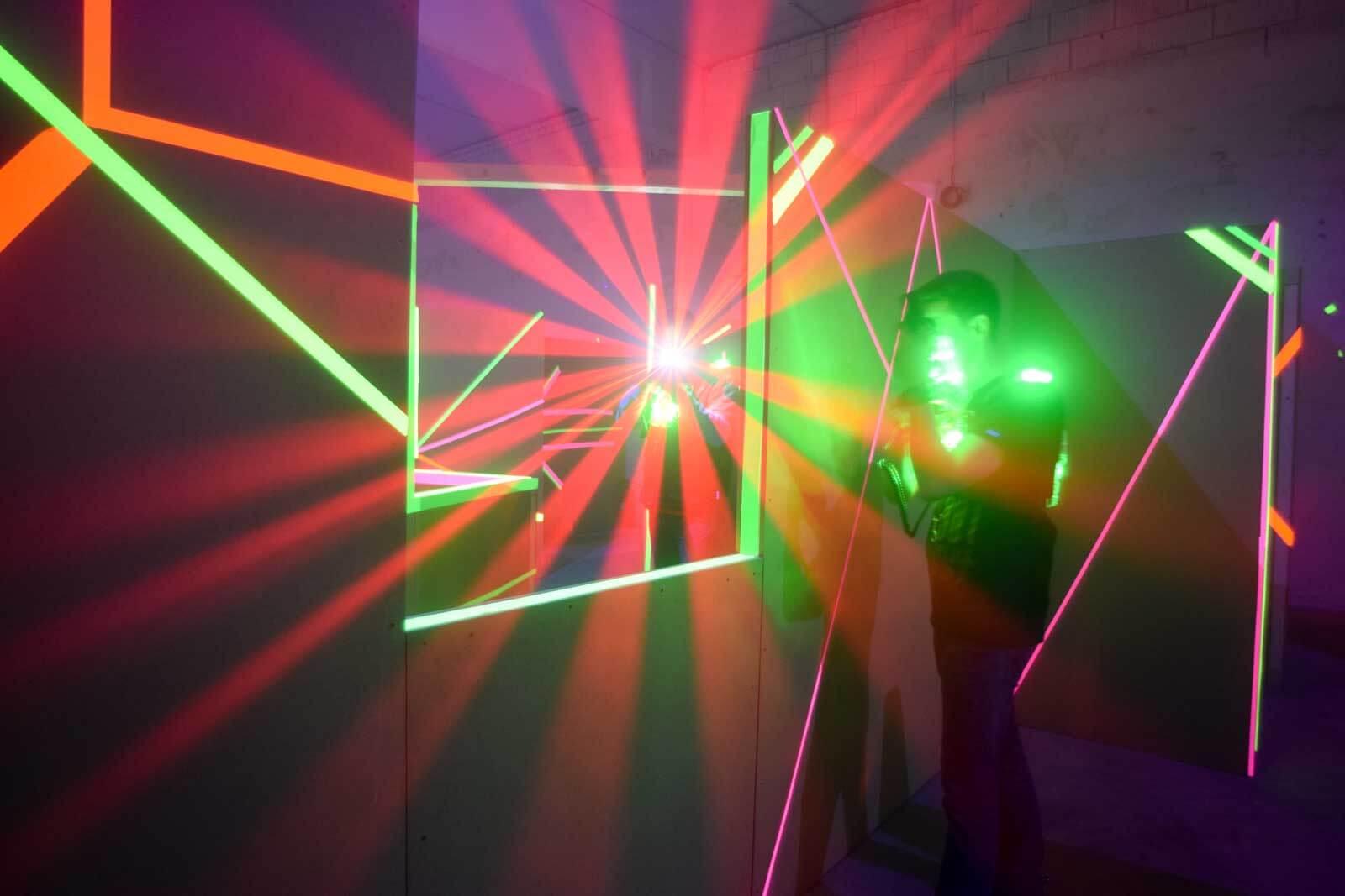 Einmal beim Lasertag um den Fotografen rumherum