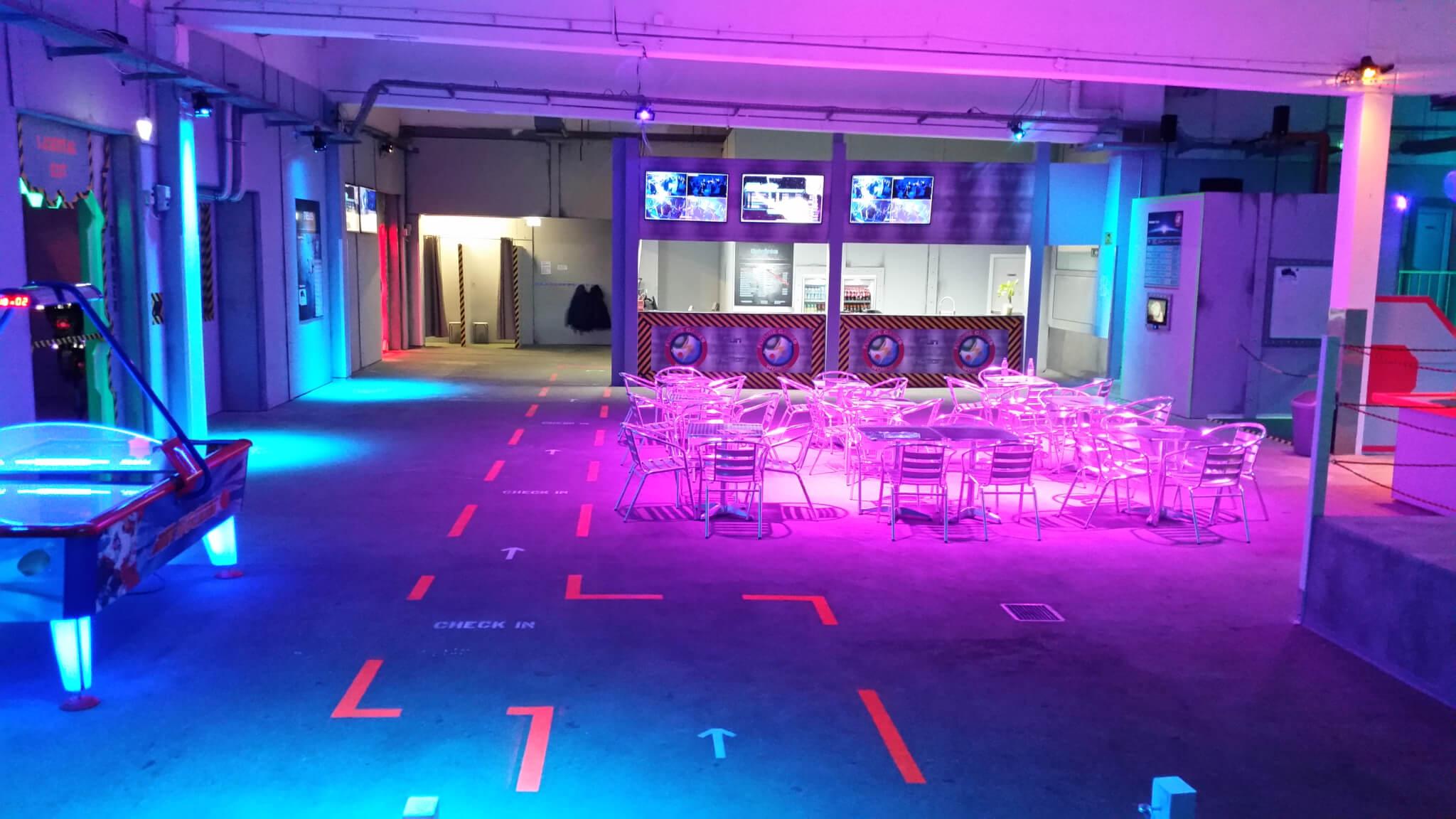 Future Games World Hangar Bar - Aufnahme von 2016