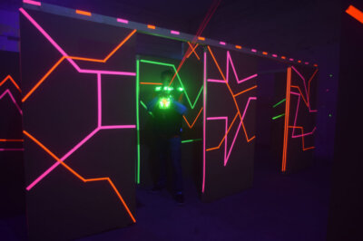 Spaciges Design in der Laser Tag Arena